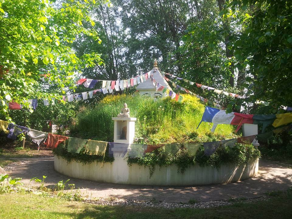 Tag der offenen Türe der Yub-Familie e.V. auf dem Buddhistischen Pauenhof in Sonsbeck